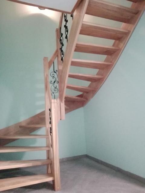 holztreppe treppe aus polen kleinanzeigen. Black Bedroom Furniture Sets. Home Design Ideas