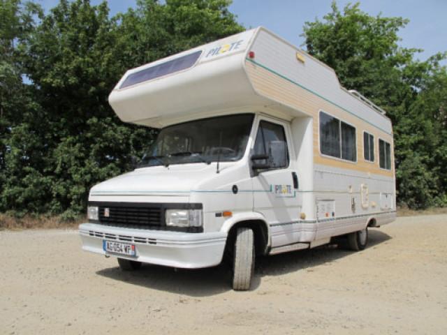 Auto Kühlschrank Kleinanzeigen : Capucine camping car driver c25 diesel 6 personen kleinanzeigen 24.net